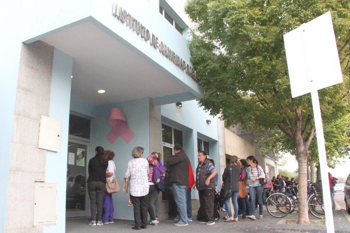 Diputada provincial pide incrementar el monto máximo de los préstamos que otorga el ISS de La Pampa