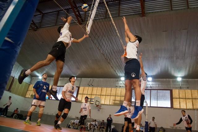 Doble Carrera: Estudian programas de becas para que los y las deportistas puedan estudiar y hacer deportes