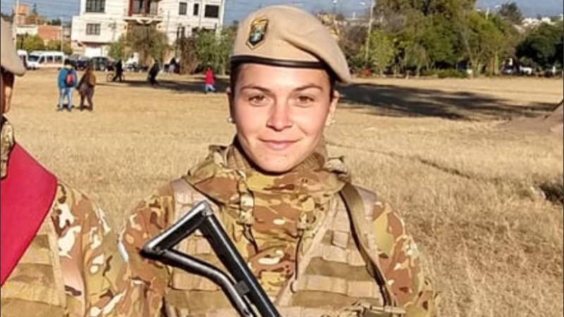 """La carta viral de una militar contra el lenguaje inclusivo: """"Soy soldado, no soldada, ni soldade"""""""