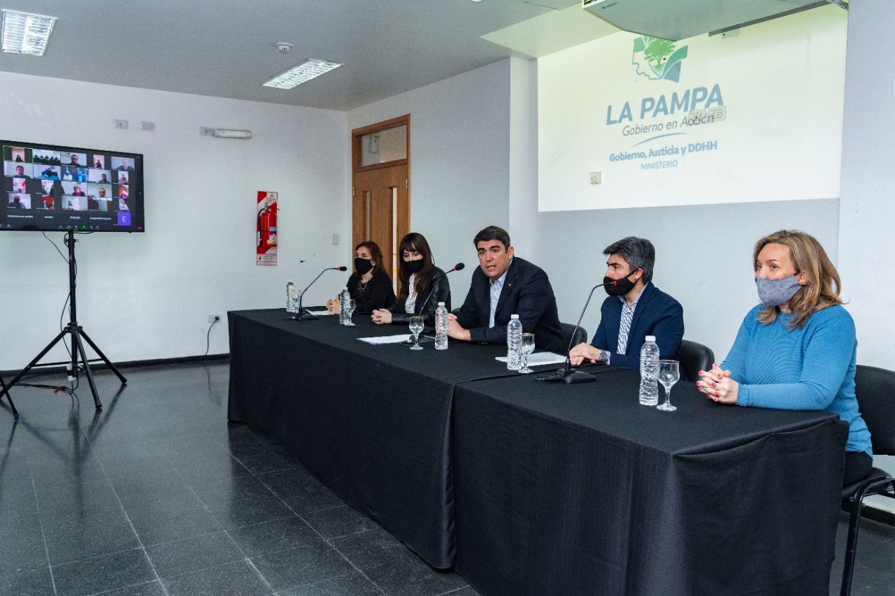 El Gobierno de La Pampa presentó el certificado digital de nacimiento
