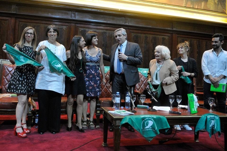 Aborto legal: Alberto Fernández volvió a ratificar su compromiso con el proyecto