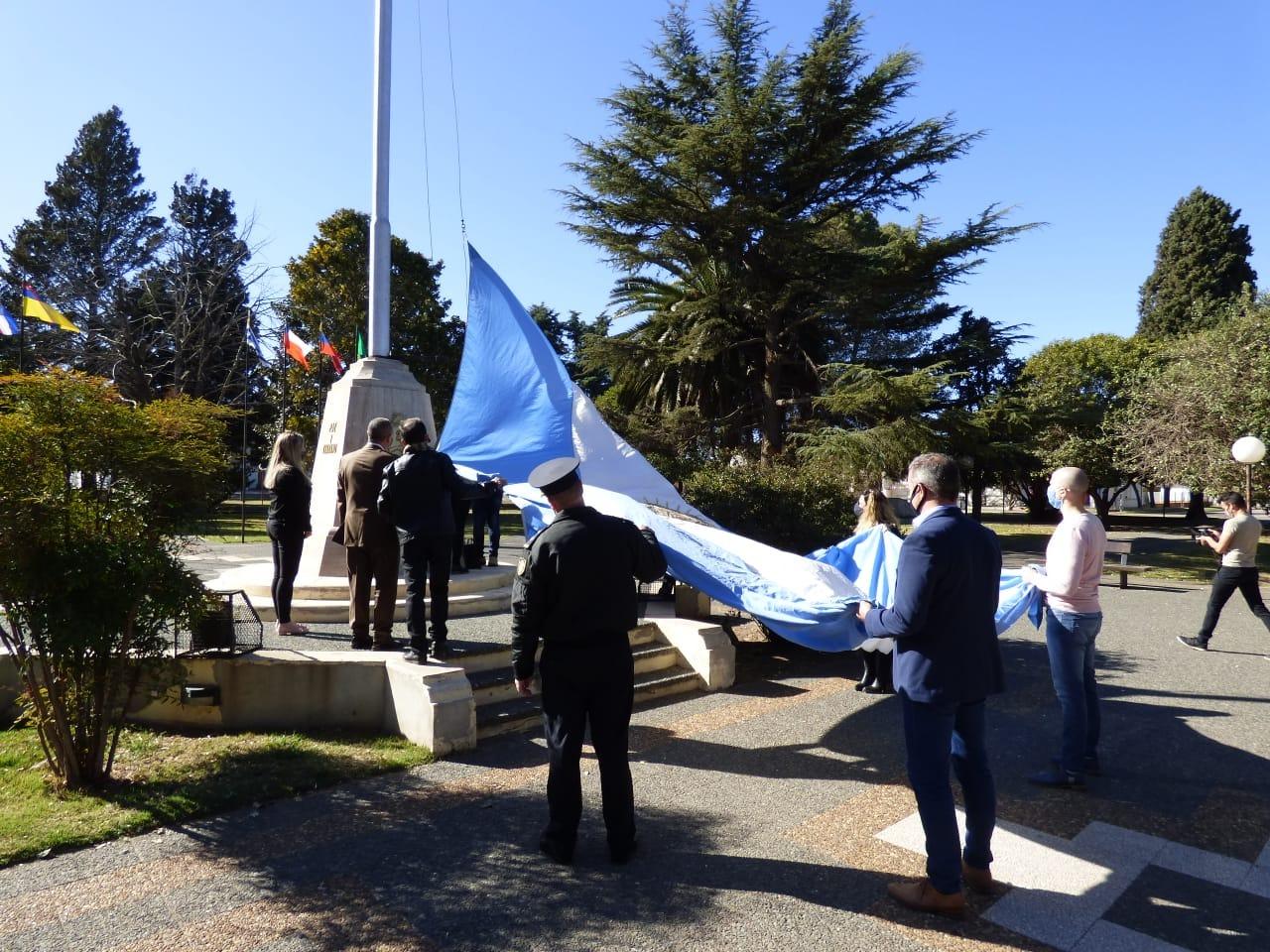 Durante el festejo del aniversario de Ingeniero Luiggi anunciaron la obra del albergue municipal