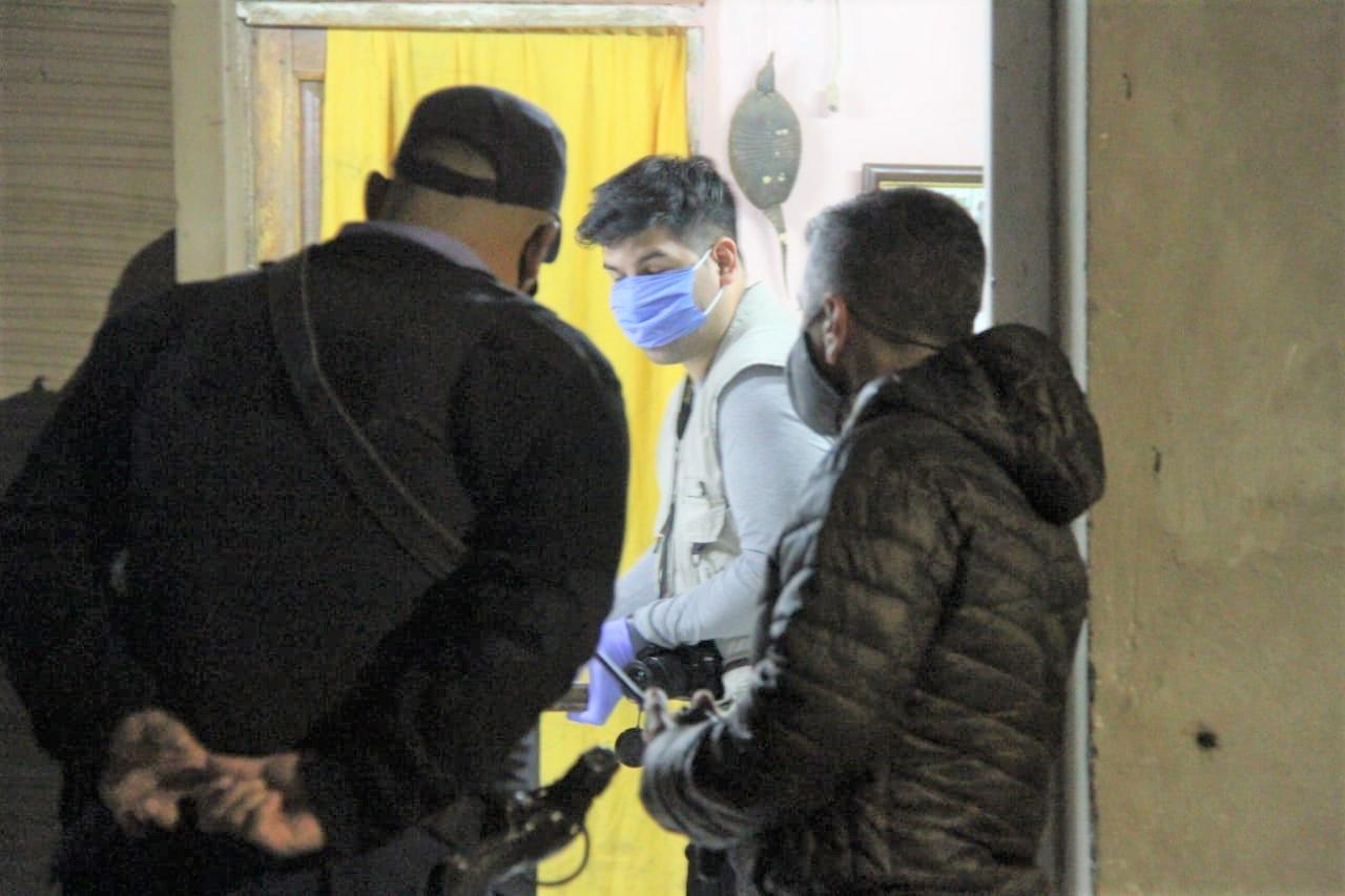 Una pelea terminó en disparos de arma de fuego en un bar de General Pico: Hay tres demorados y una camioneta secuestrada
