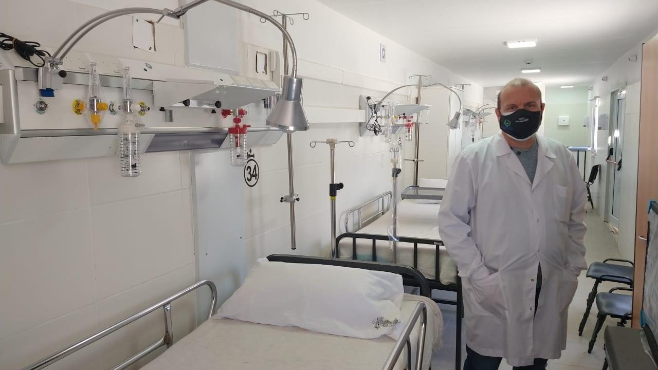 """El director del hospital local consideró que las medidas restrictivas tuvieron un efecto positivo en los casos diarios: """"De un pico de 200 hoy tenemos entre 50 y 70 casos"""""""