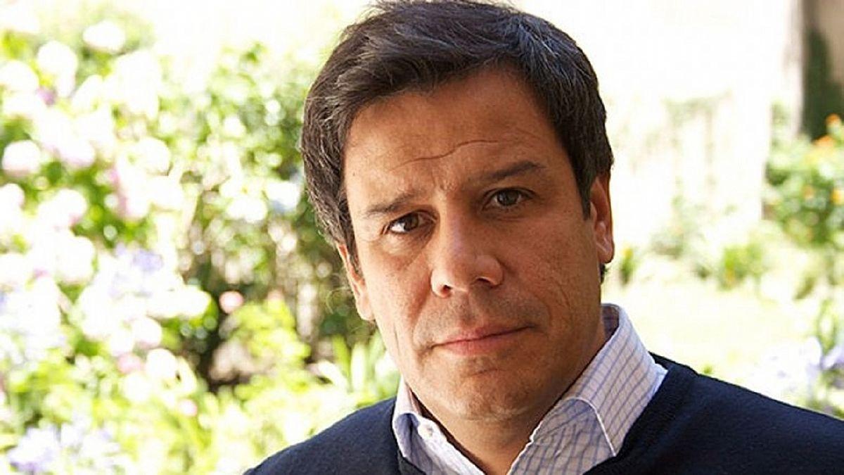 El reconocido neurocientífico, Facundo Manes, brindará una conferencia virtual gratuita y abierta a todo público