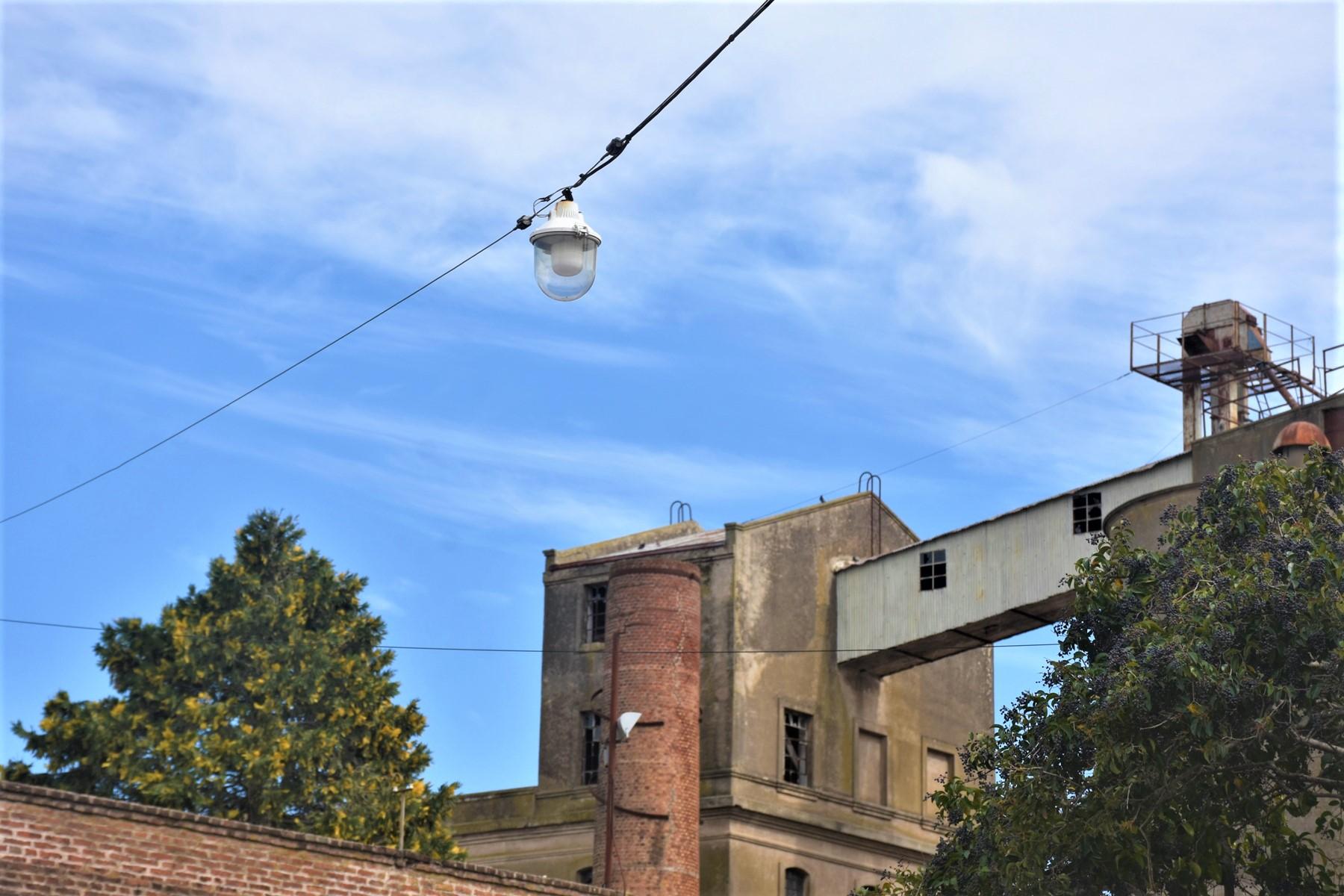 Colocarán más de 1.300 lámparas LED en los centros de calle de General Pico