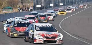 El protocolo en el Super TC2000 incluye no más de 5 personas por automóvil en boxes