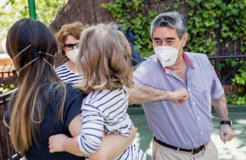 COVID-19: Por el gran aumento de casos, suspenden varias actividades y reuniones sociales en Santa Rosa