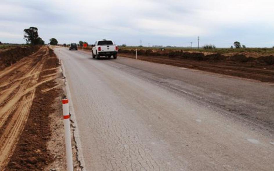 """Por primera vez en La Pampa se aplicará la tecnología de """"asfalto modificado"""" para repavimentar 22 kilómetros en la Ruta 4"""