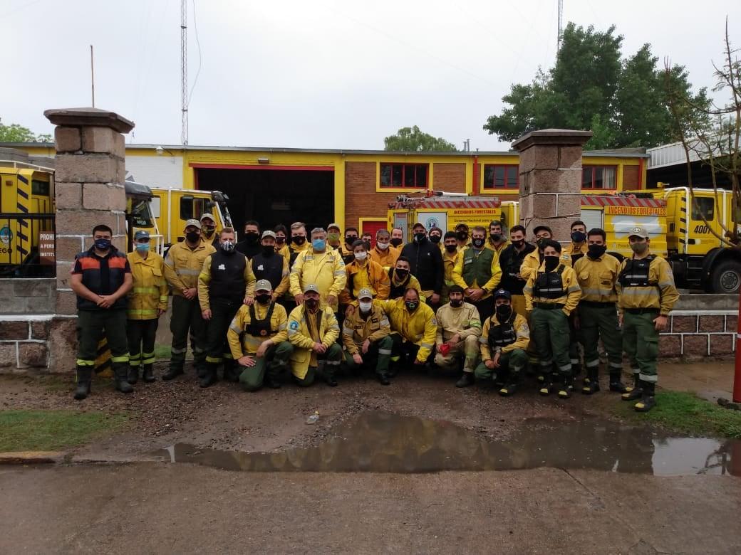 Regresaron a La Pampa los bomberos y brigadistas que colaboraron en los incendios forestales de Córdoba