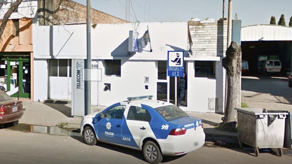 Santa Fe: policía extorsionó a una detenida a la que le quitó la tarjeta y le cobró la AUH