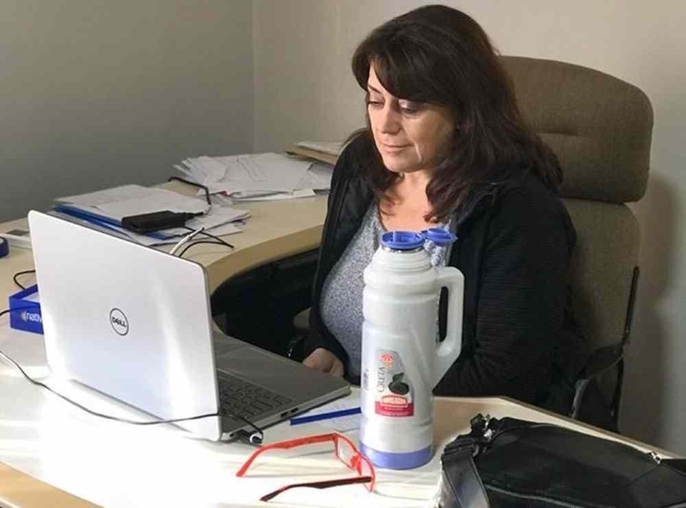 """COVID-19 en Winifreda: """"Estamos trabajando para controlar la situación lo antes posible"""" con más del 10% de la población aislada indicó la intendenta Adriana García"""
