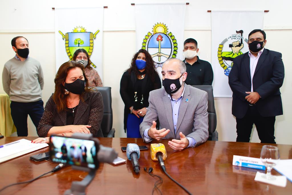 """El presidente del Concejo Deliberante, Daniel López habló del Estatuto Municipal: """"Era necesaria la actualización, estuvimos a la altura de las circunstancias"""""""