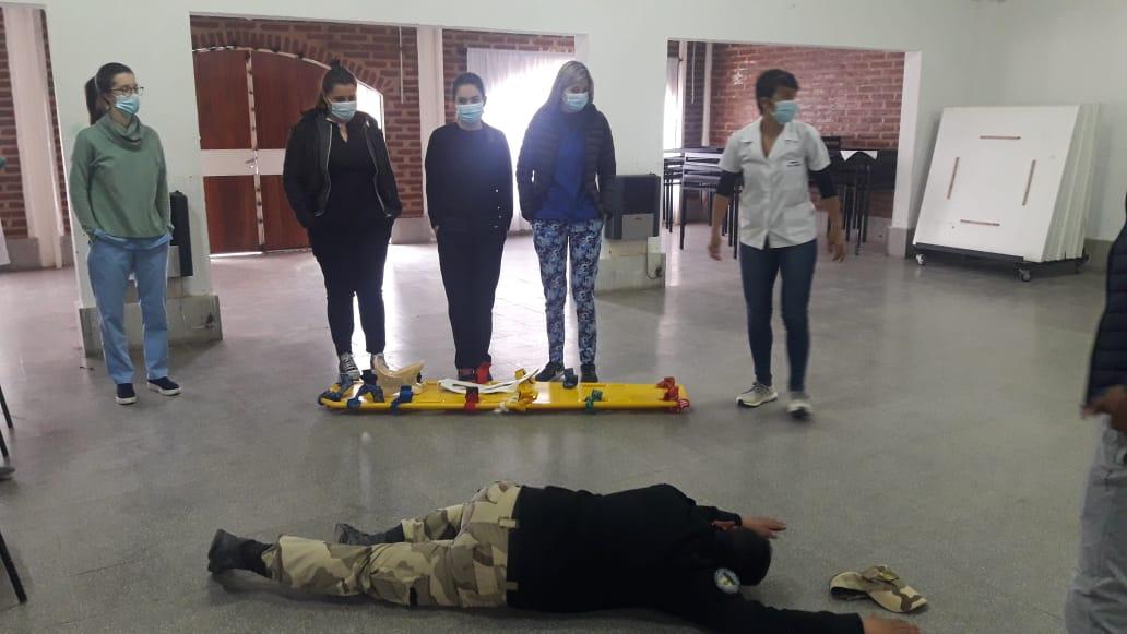 """Estudiantes de medicina y personal policial participaron de jornadas sobre la temática """"Triage START"""""""