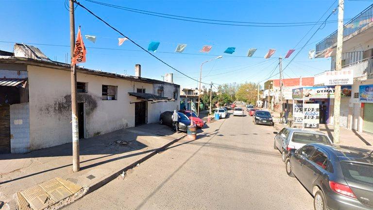 Panadero mató a un ladrón de 17 años que intentó robarle la camioneta en La Matanza: los vecinos lincharon a uno de sus cómplices