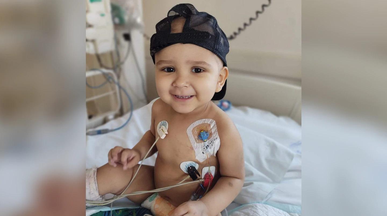 Tiene dos años, recibió un trasplante de médula, venció la leucemia y le ganó al COVID-19