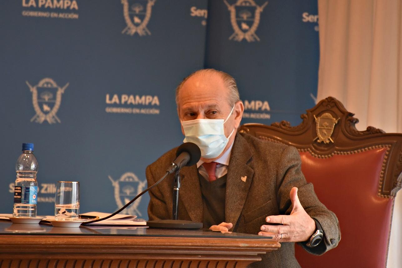 """Anunciaron que comenzarán a realizarse test rápidos de antígenos: """"El objetivo es detectar contagiados en menos tiempo posible y será por hisopado"""", sostuvo el ministro Kohan"""