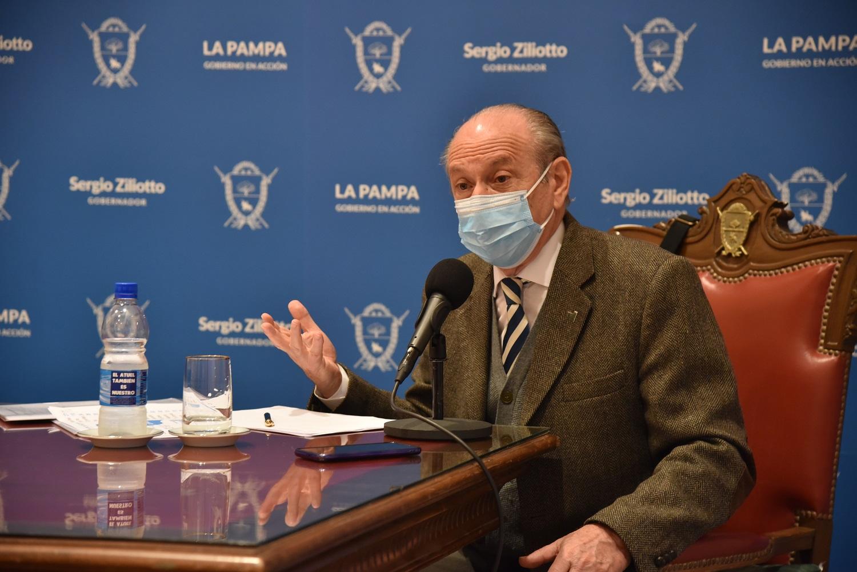 «Vamos a preparar para que La Pampa vacune desde el primer día en que se empiece a vacunar en Argentina», afirmó Kohan
