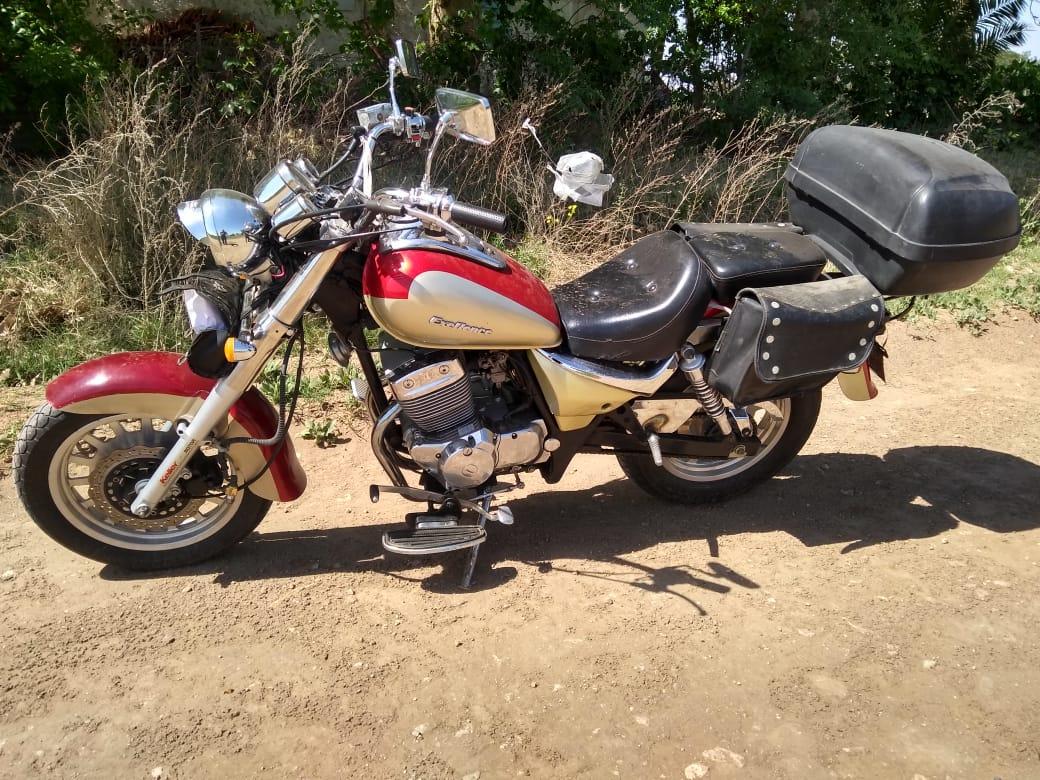 Recuperan una moto robada en inmediaciones de la rural e intentan dar con el delincuente que la sustrajo