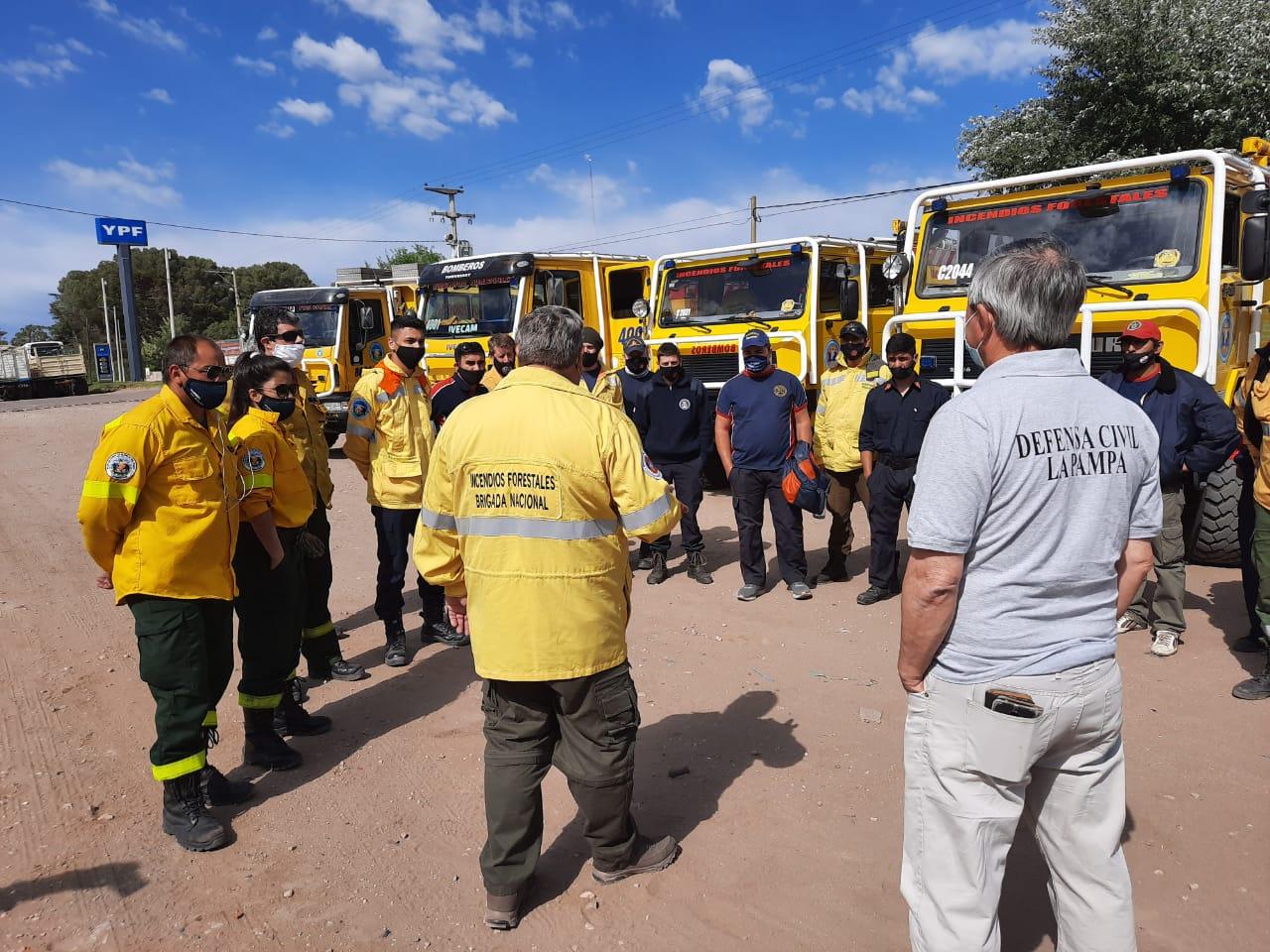 Bomberos Voluntarios y brigadistas pampeanos viajaron a Córdoba para colaborar con la provincia vecina