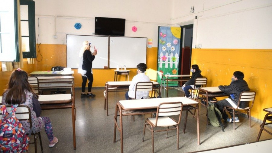 """Desde Padres Organizados aseguraron que formaron el grupo para """"declarar a la Educación como actividad esencial en La Pampa"""""""