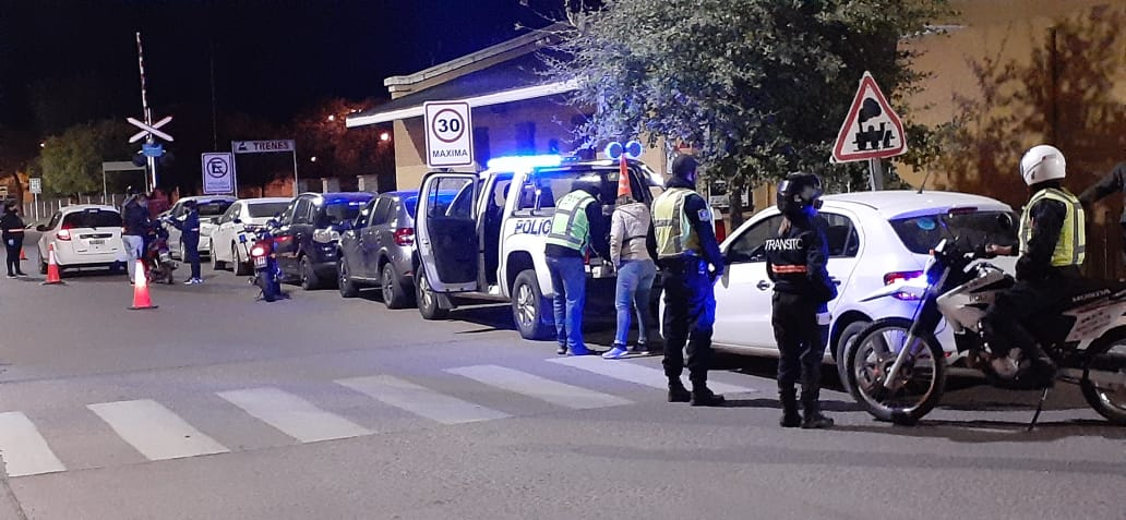 Controles de tránsito en La Pampa: Se retuvieron 15 vehículos y se registraron 3 alcoholemias en General Pico