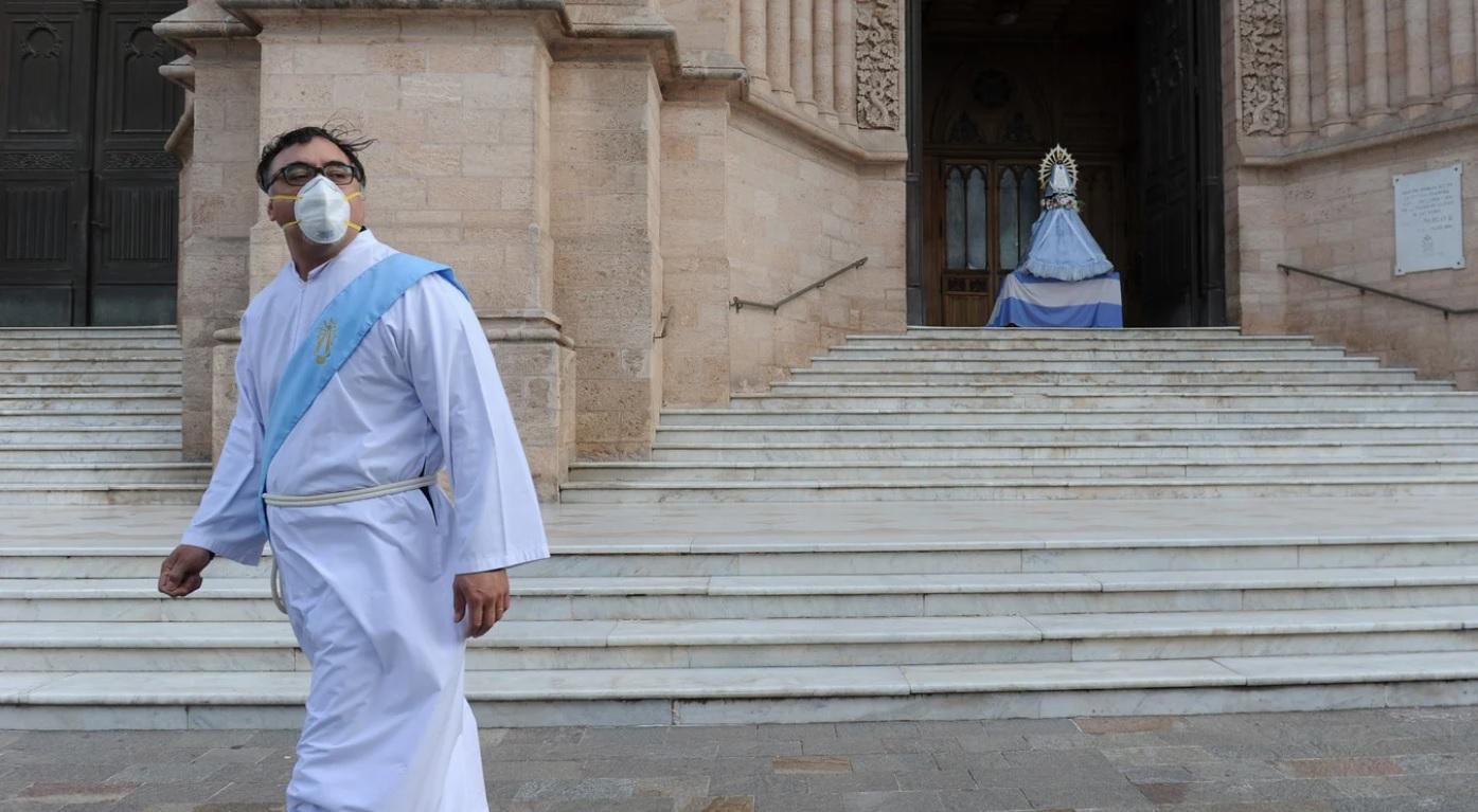 """Inédita peregrinación a Luján con rezos y bendiciones virtuales: """"Hoy no peregrinamos con los pies, pero sí con el corazón"""""""