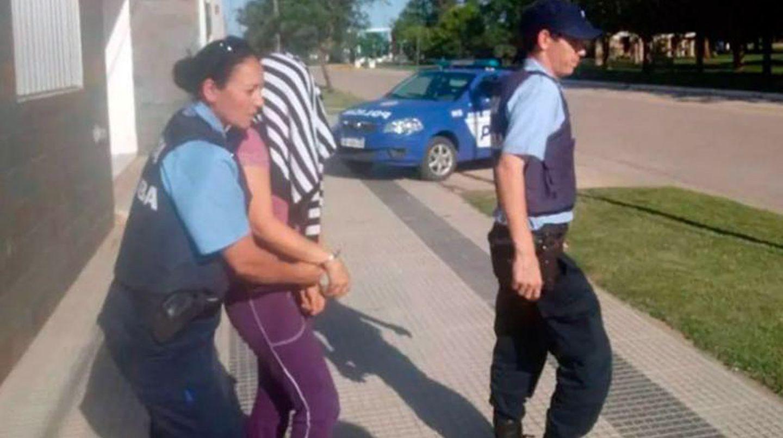 Condenaron a una maestra que desnudaba, manoseaba y filmaba a nenes de un jardín de infantes de Córdoba