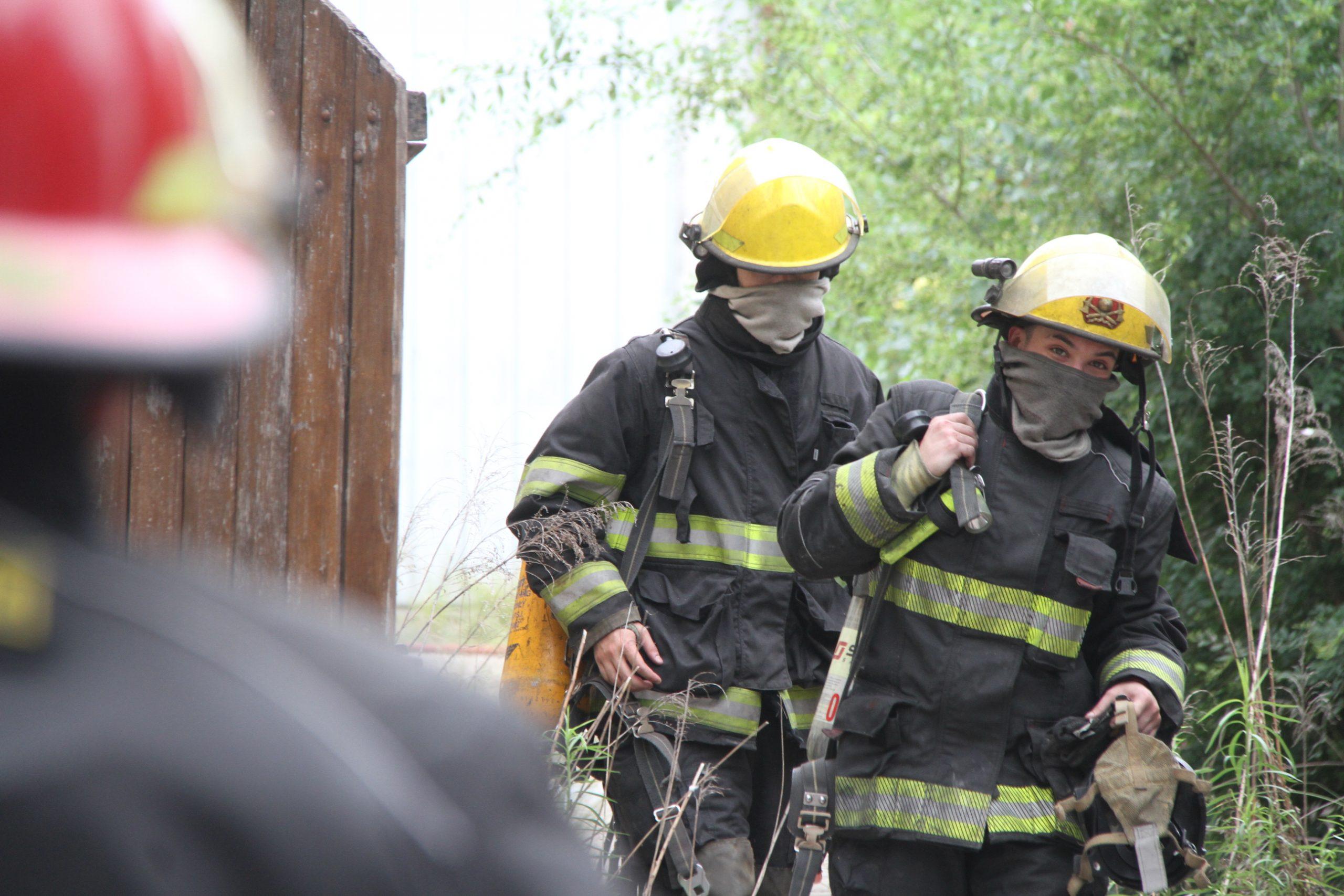Principio de incendio en un galpón ubicado en calle 19 entre Avenida San Martín y 18