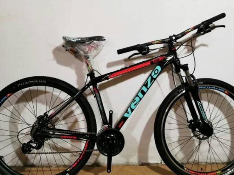 Le robaron la bicicleta en barrio Ranqueles y pide ayuda para recuperarla