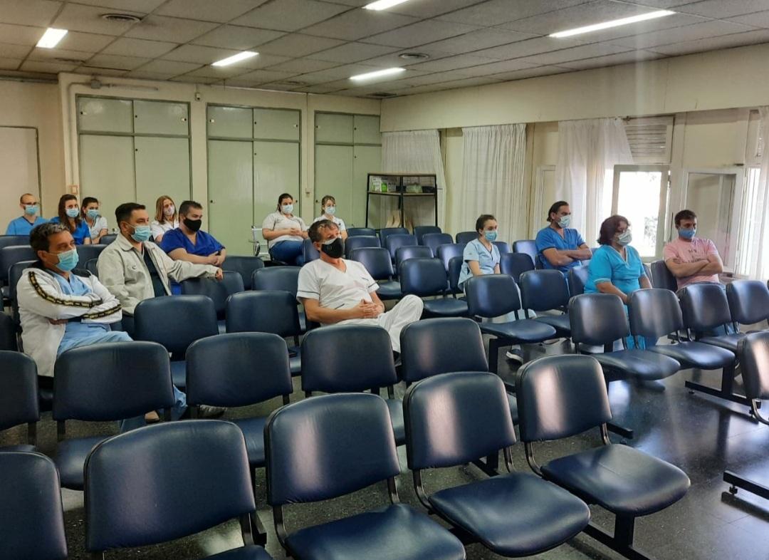 Comenzó la residencia de enfermería en el Hospital Gobernador Centeno
