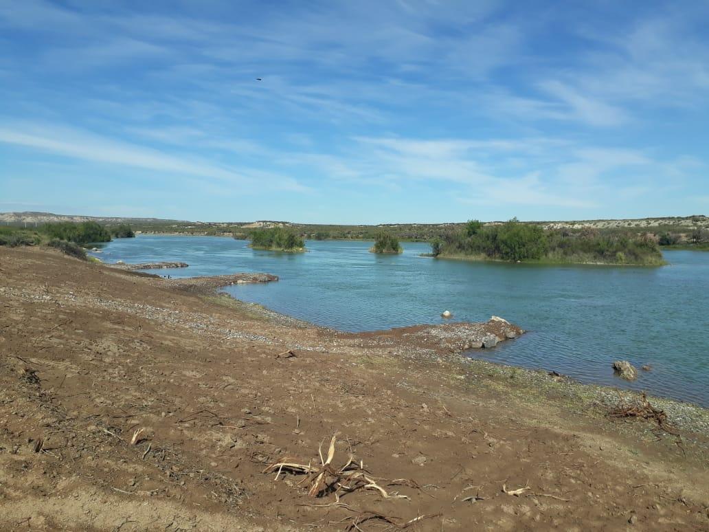 Inauguran una playa sobre el río Colorado en el pueblo más joven de La Pampa