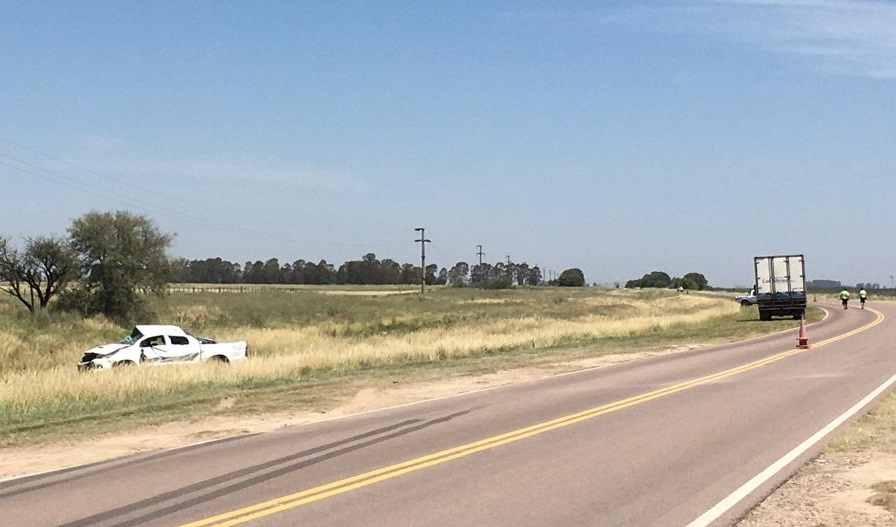 Vuelco fatal en Ruta 1 entre Macachín y Miguel Riglos: Murió un hombre de 47 años