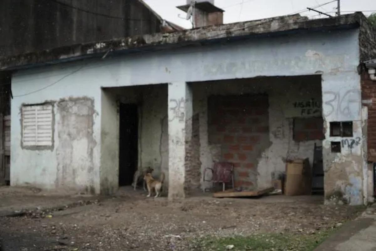 Rosario: pobreza, violencia y drogas, el telón de fondo de la muerte de un bebé de 8 meses