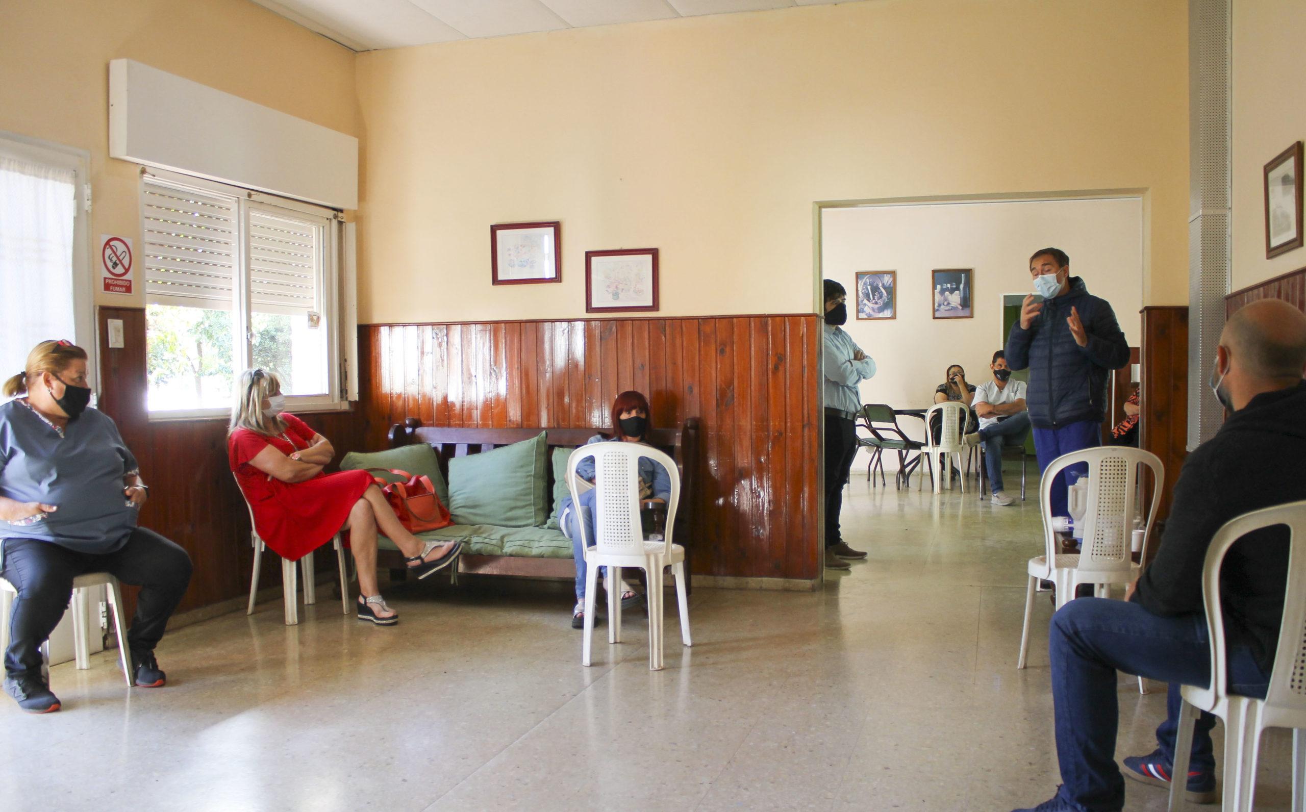 Propietarios de geriátricos, municipio y el hospital se reunieron para «delimitar y recordar» las formas de trabajo en medio de la pandemia
