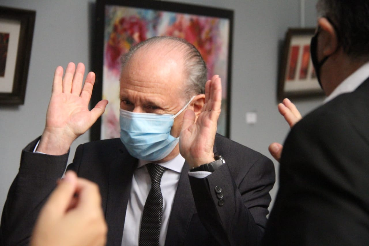 Si bien empiezan a bajar los casos de coronavirus, el ministro Kohan afirmó «yo no canto victoria, esto lo tenemos que consolidar en las semanas que siguen»