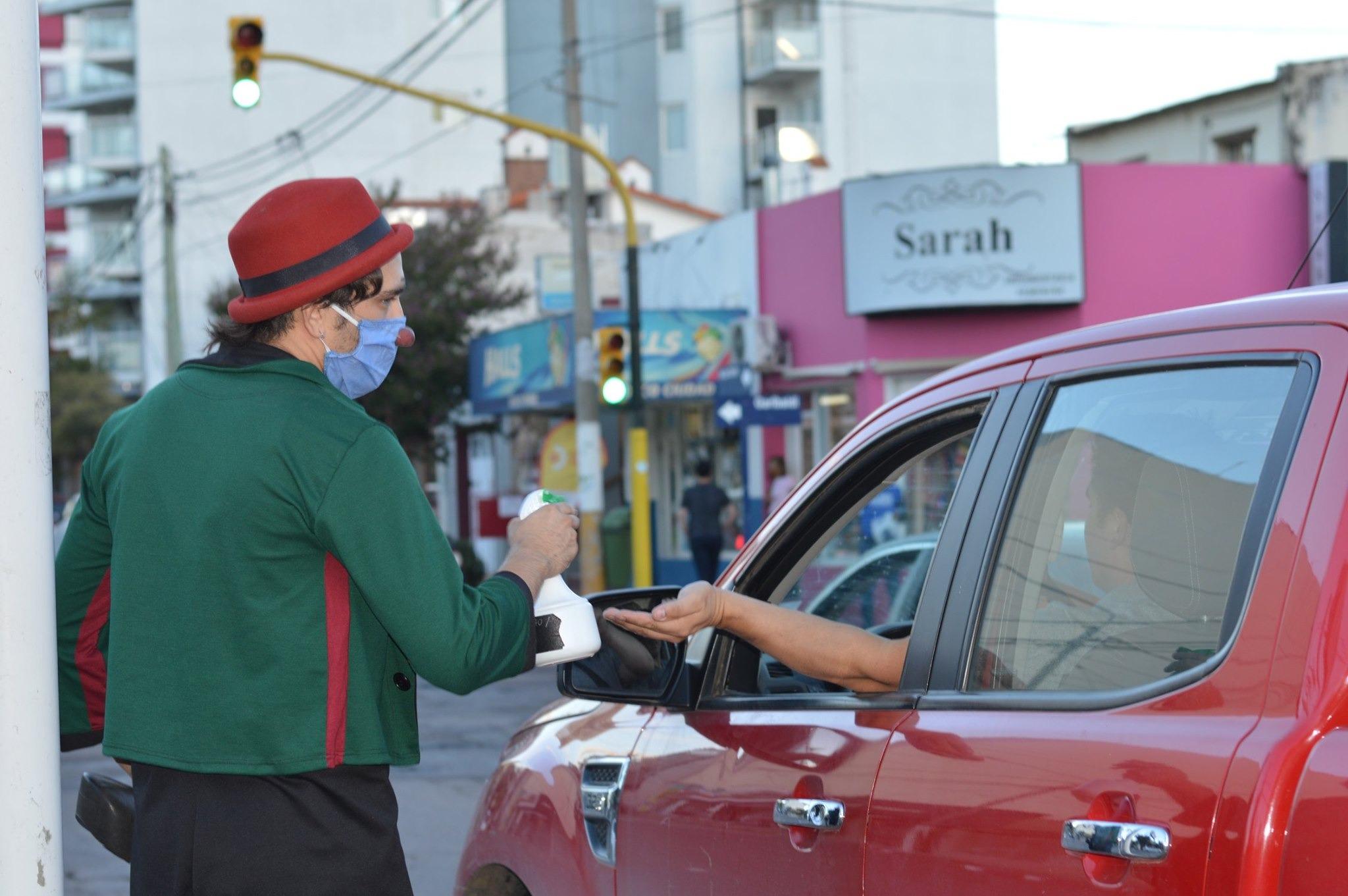 COVID-19: Avanza la campaña preventiva #SiSalísCuidate en Santa Rosa
