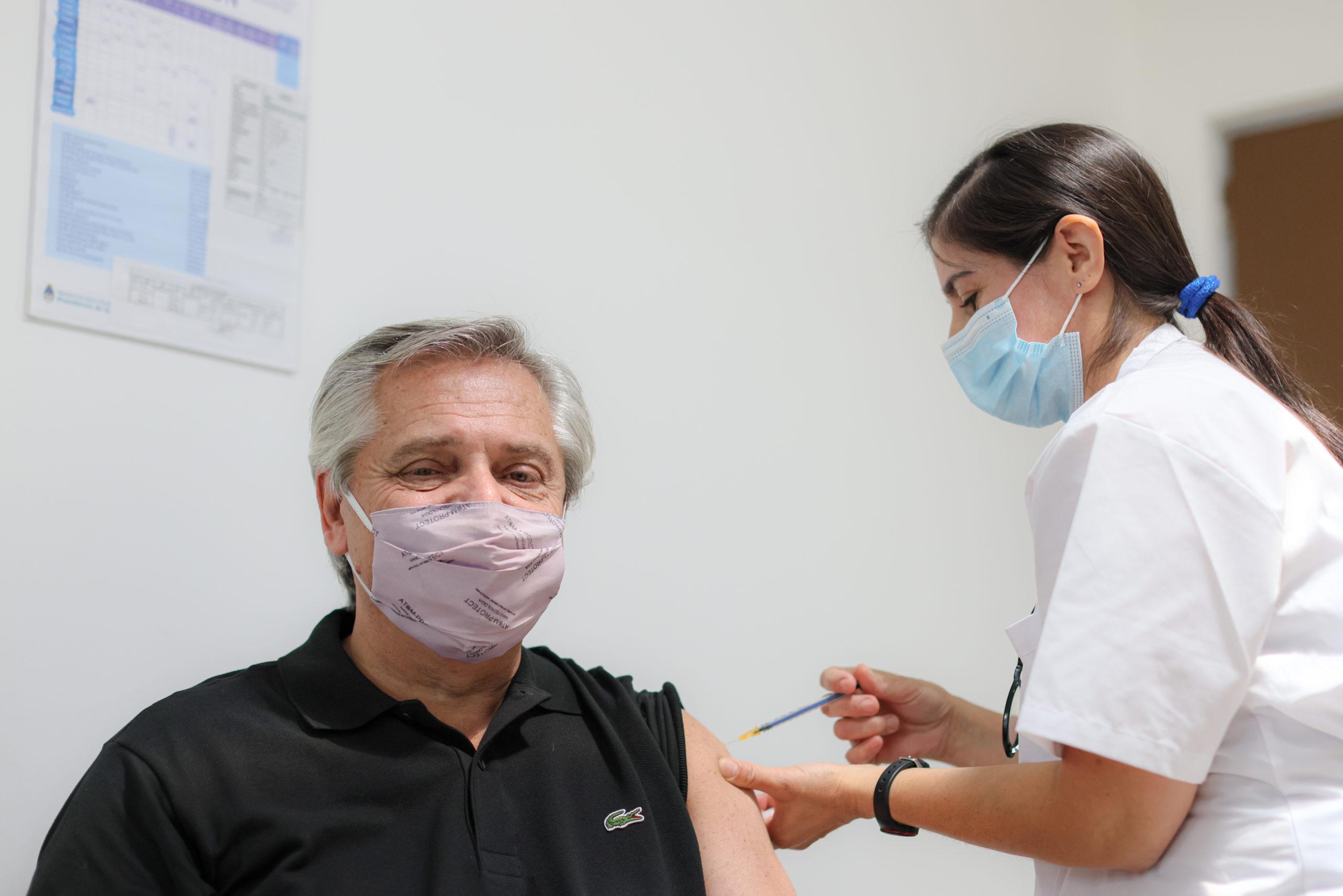Alberto Fernández anunció que dio positivo en coronavirus