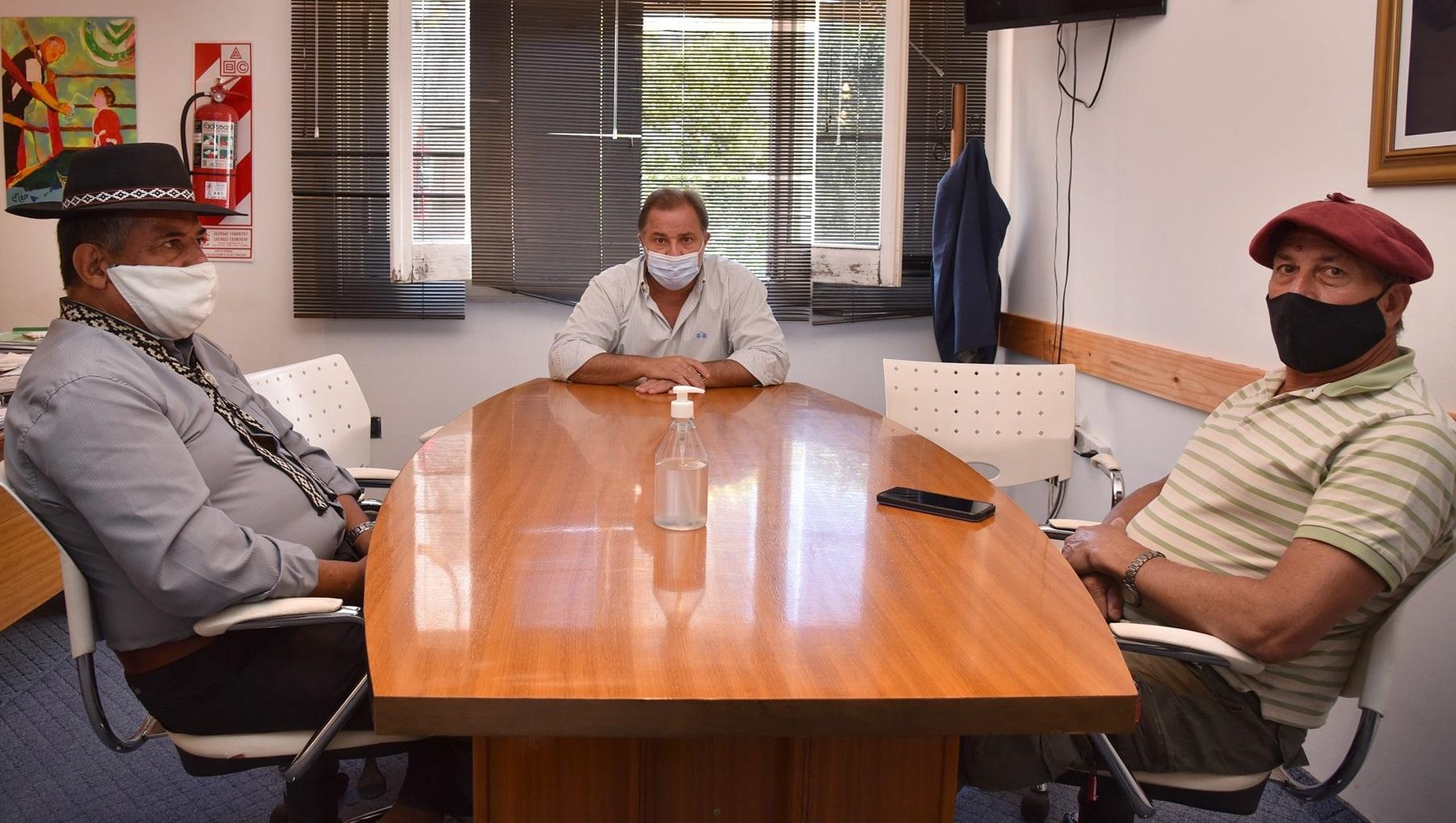 El secretario de Trabajo recibió a referentes del tradicionalismo para fijar protocolos: Las actividades podrán realizarse con público a partir del 1 de marzo