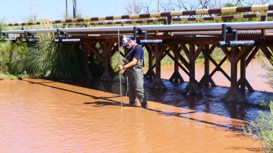 La Secretaría de Recursos Hídricos llevó adelante esta semana la medición de los canales del río Colorado