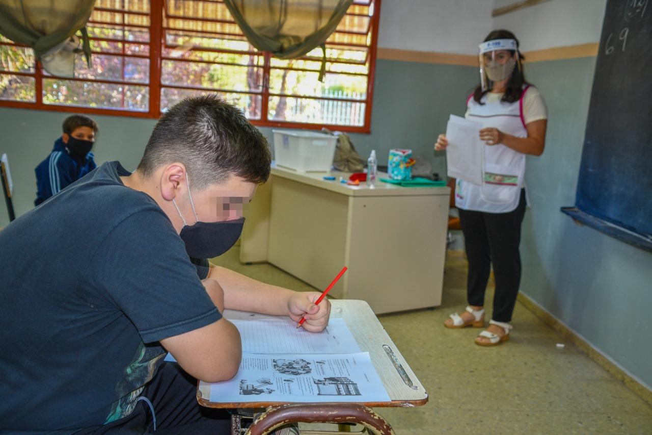 """La directora general de Educación Secundaria de La Pampa resaltó como """"exitoso"""" el regreso a las aulas con valor """"al espacio escolar y rol docente"""""""