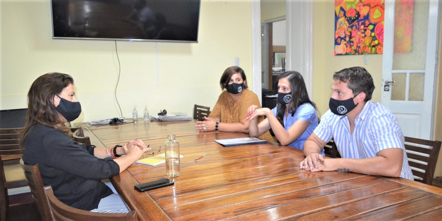 La intendenta, Fernanda Alonso, recibió a la Fundación Rosa quién solicitó acompañamiento para continuar desarrollando sus actividades