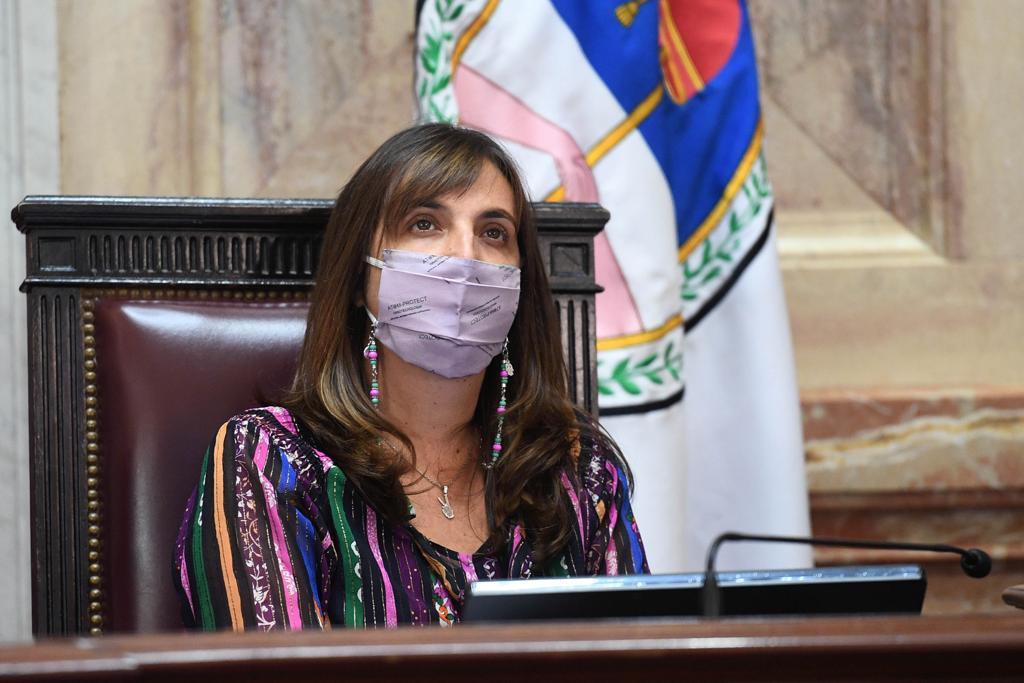 """La pampeana """"Luchy"""" Alonso fue ratificada como secretaria administrativa del Senado"""