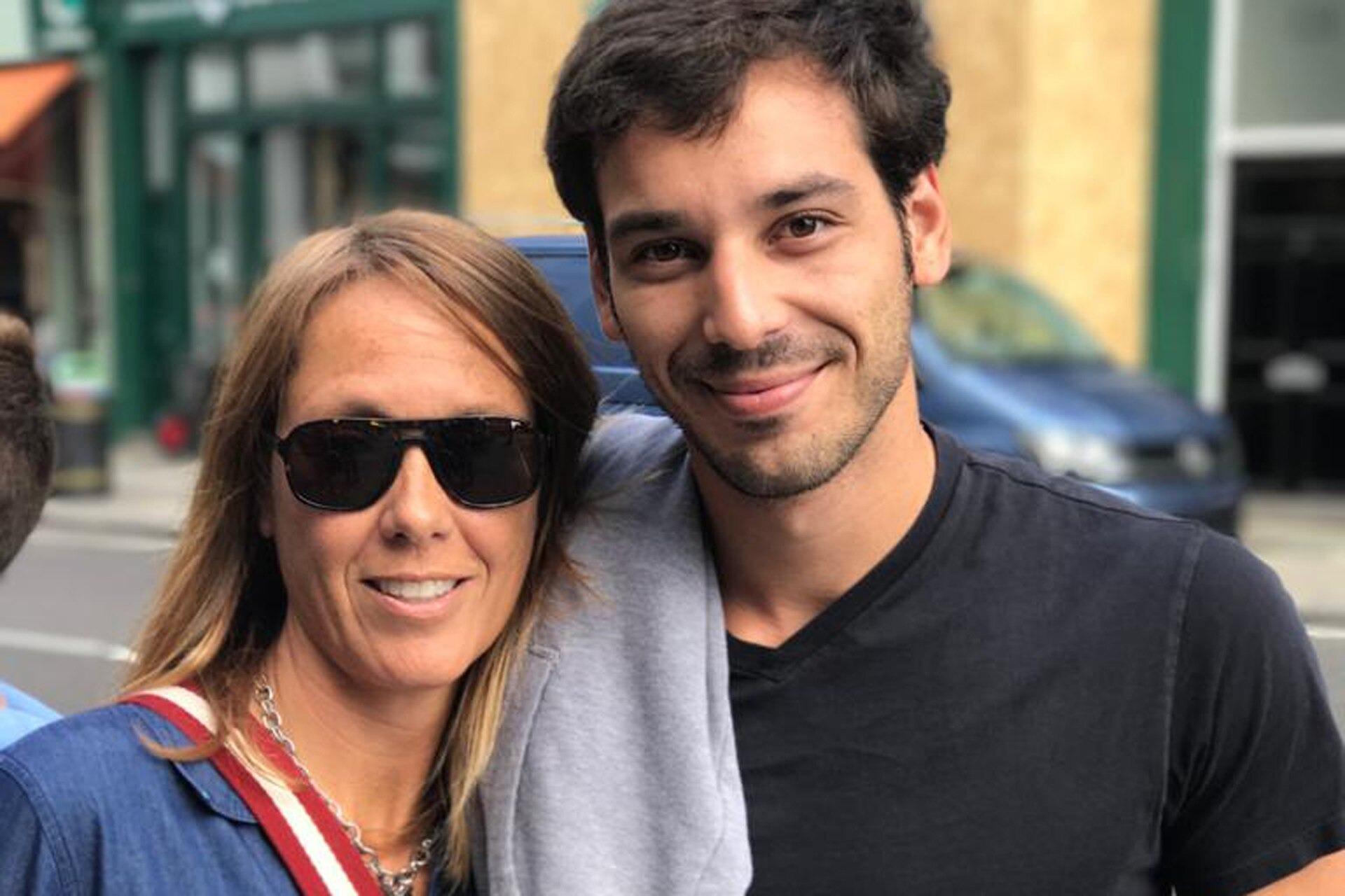 Su hijo se suicidó en Buenos Aires, la autorizó a mostrar su carta de despedida y hoy busca acompañar a otras familias en duelo