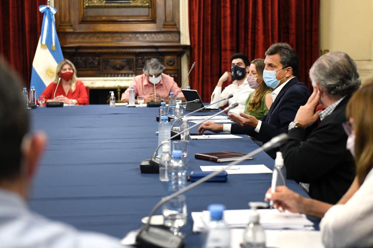 Sergio Massa recibió a diputados sindicales por el proyecto de Ganancias