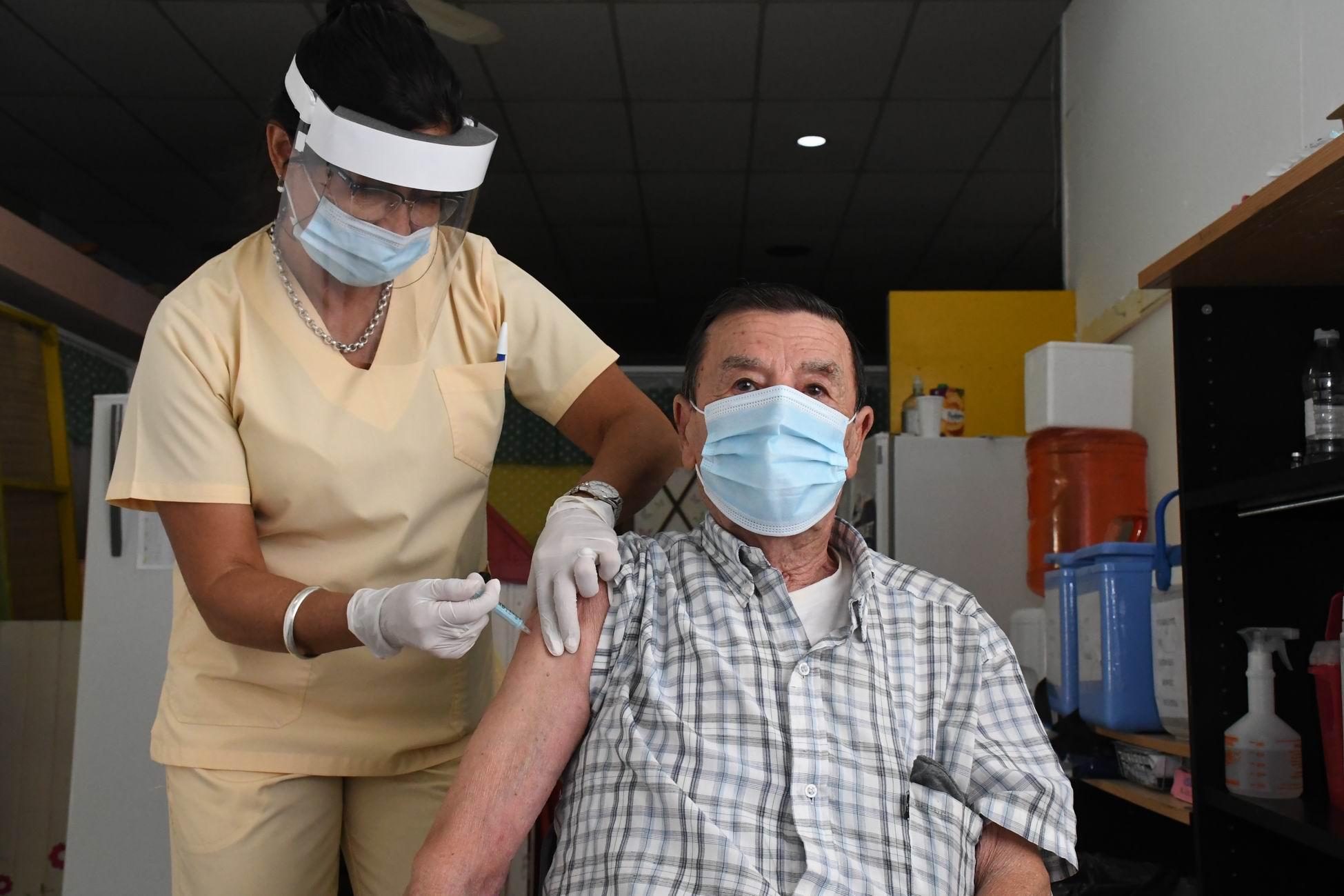 COVID-19: La Pampa encabeza el ránking nacional de eficiencia en la aplicación de vacunas