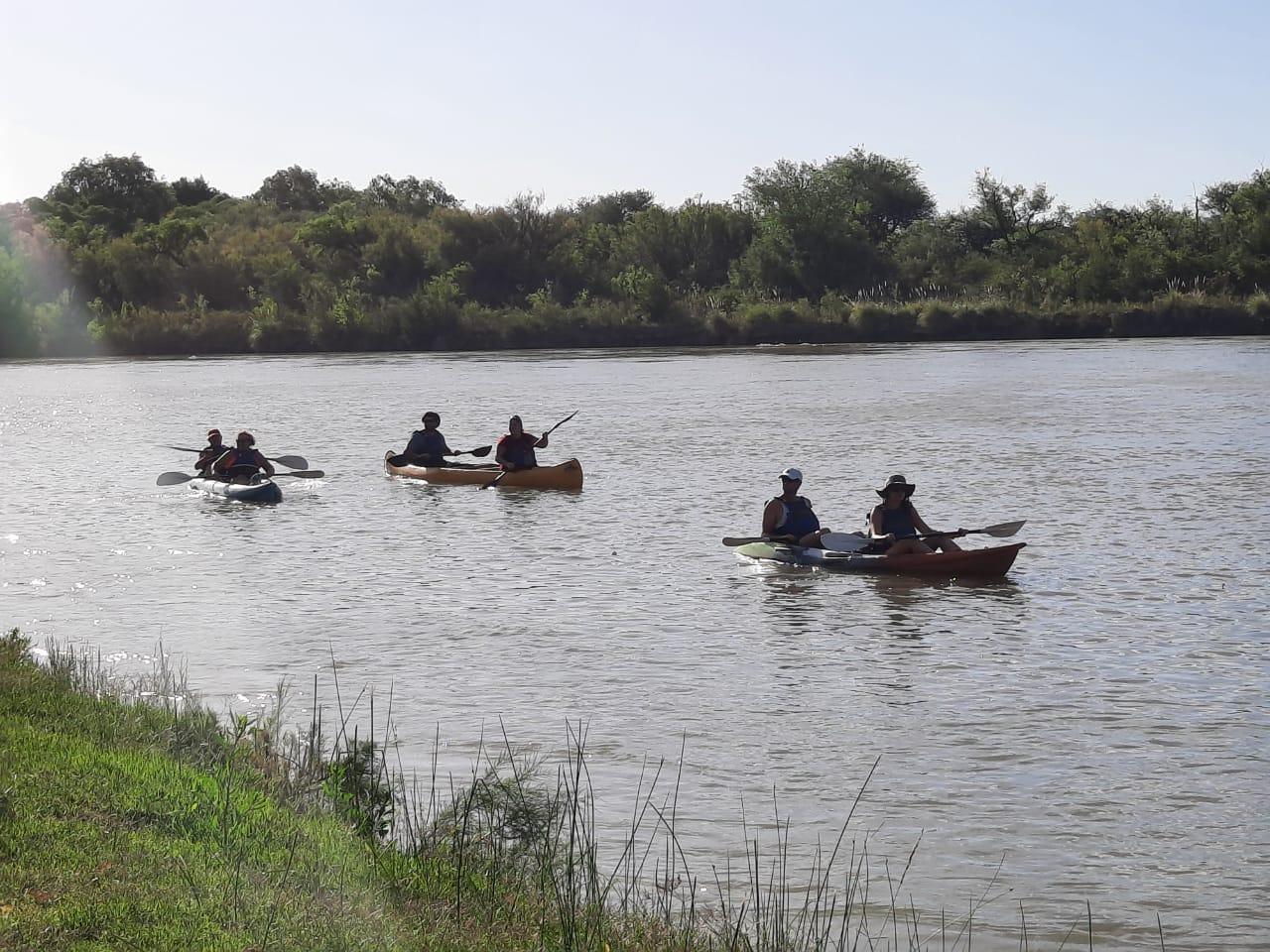 La Adela invita a disfrutar del turismo a la vera del río Colorado