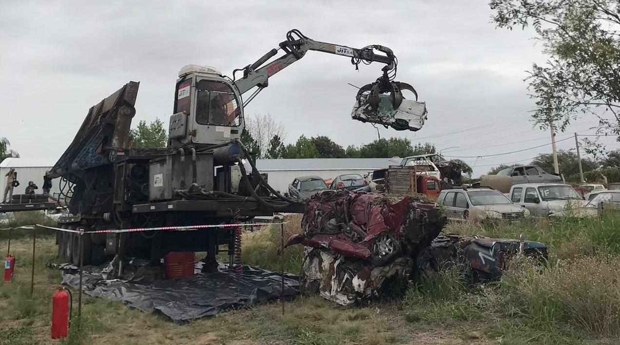 Se compactaron 103 toneladas de chatarra en Santa Rosa y comenzaron las tareas en General Acha