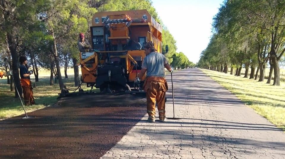 Concluirán obras de asfalto en los accesos de cinco localidades en donde se invirtieron más de $ 55 millones