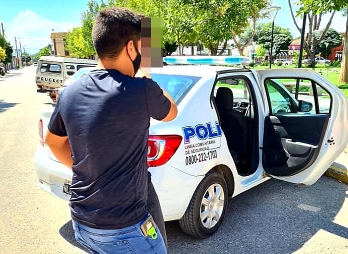 Le robó el auto a su ex pareja y se fugó a San Luis, la Policía logró detenerlo y recuperar el vehículo